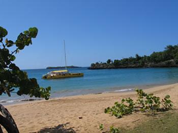 Katamaran Tortuga - Playa Moron